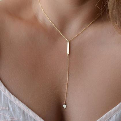 Vertical bar and Geometric Y Neckla..