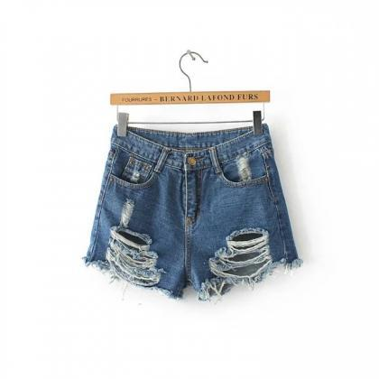 Heavily Distressed High Waisted Den..