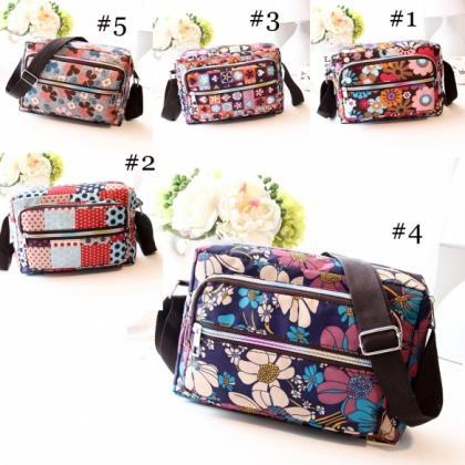 Women Casual Nylon Messenger Bag Sh..
