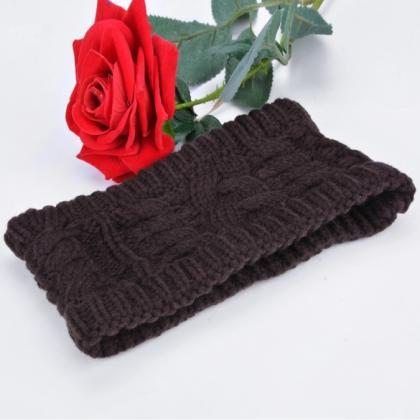 Solid Color Women's Winter Knitting..