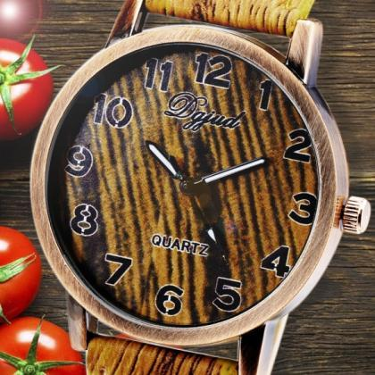 Vintage Style Women Analog Wooden S..
