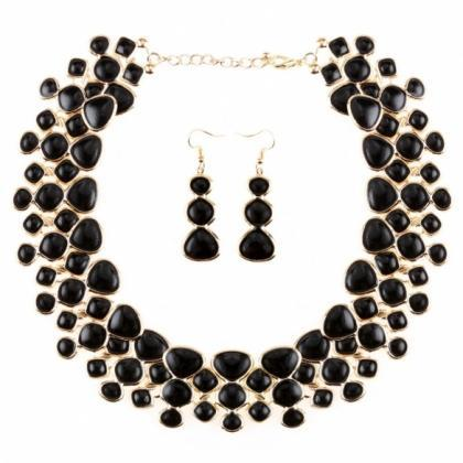 Stylish Women Necklace Earring Set ..