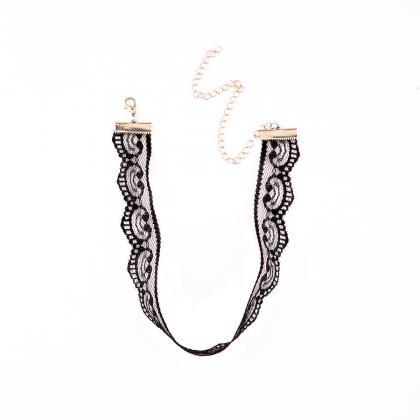 Leisure Art Style Joker Lace Neckla..