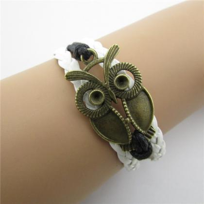 Retro Owl Multiple Leather Cord Bra..