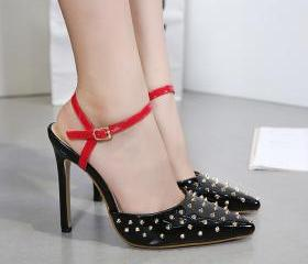 Rivets Pointed Toe A..