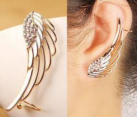 Golden Wing Ear Clip..