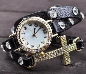 Women Cross Bracelet..