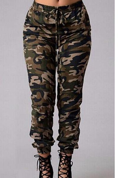 Green Camouflage Printed Joggers, Sports Pants
