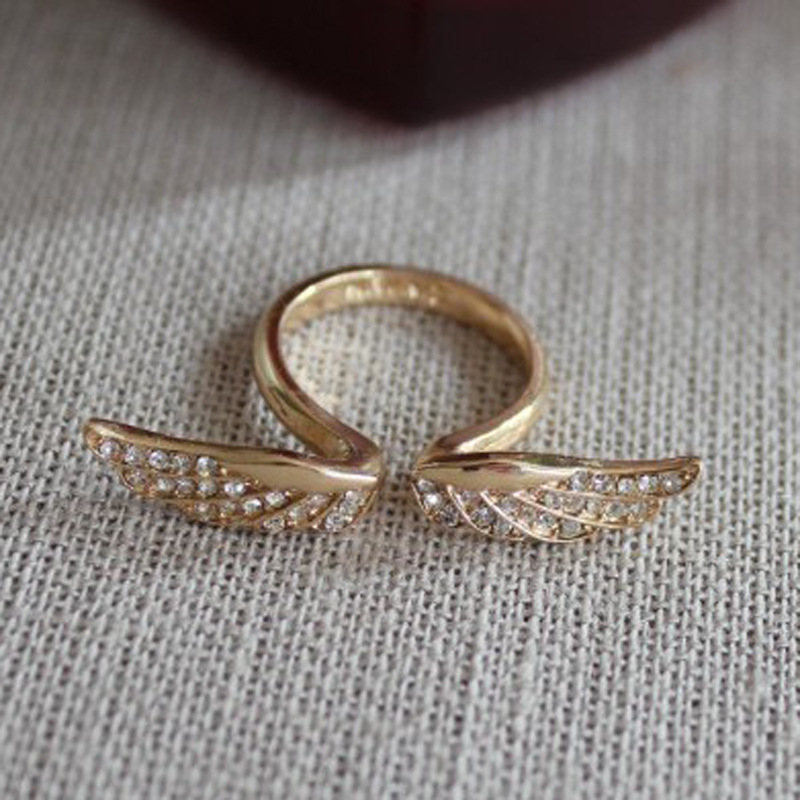 Alloy color angel wings full diamond ring