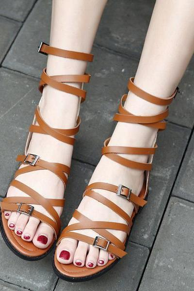 PU Flat Heel Peep-toe Summer Zipper Sandals
