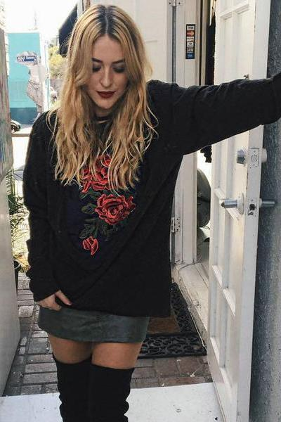Flower Embroidery Long Solid Color Sweatshirt