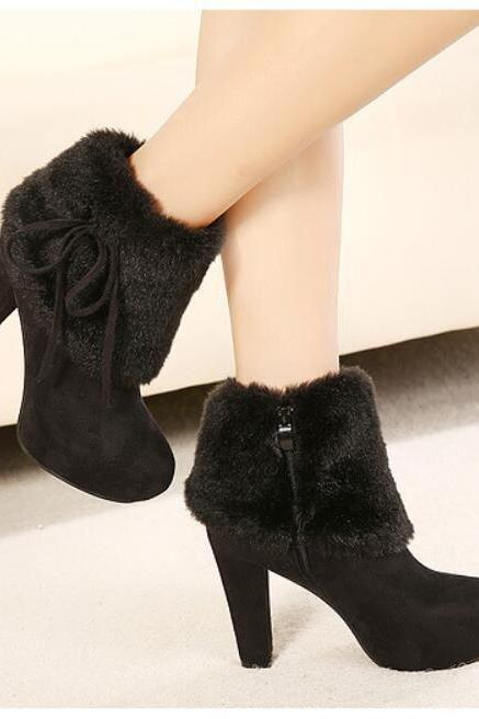 Pure Color Suede Chunky Heel Round Toe Boots