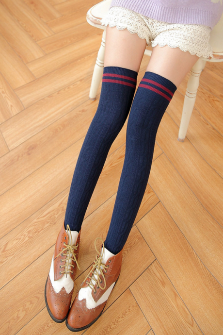 Pure Cotton Twist Vertical Stripes Silk Stockings