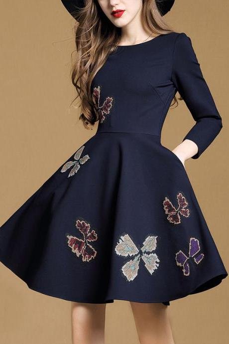 Embroidery Flowers 9/10 Sleeves Short Pleated A-line Dress