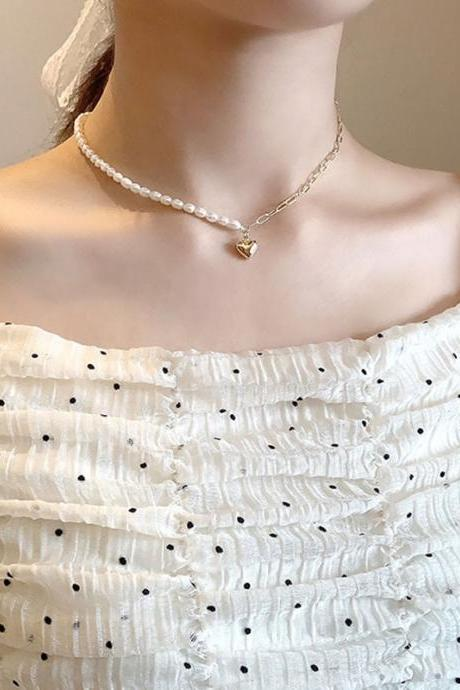 Free Shipping Copper chain splicing hollow three-dimensional small peach heart necklace cold wind simple love clavicle chain