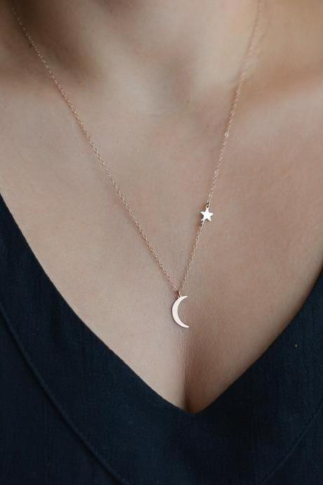 Free Shipping Moon Star Pendant Necklace women's short collarbone Necklace-2