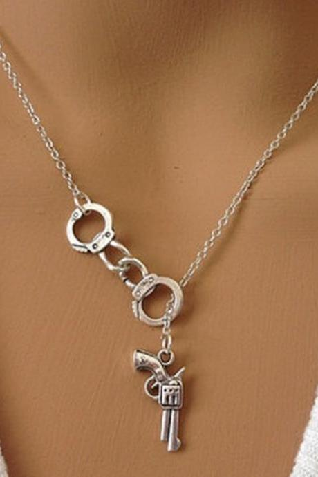 Free Shipping Handcuffs pendant couple necklace-1