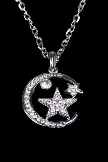 Upscale Fashion Inlaid Crystal Moon And Stars Pendant Necklace