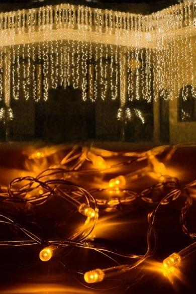 3Mx3M 400LED Outdoor Christmas Xmas String Fairy Wedding Curtain Light With Tail Plug EU/220V Warm White