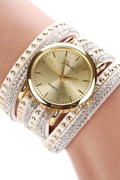 New Fashion Rhinestone Rivet Circle Belt Synthetic Leather Bracelet Watch Wrist Watch