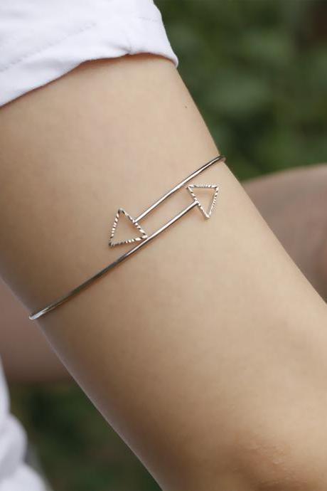 Simple Fashion Hollow Triangle Arm Bracelet