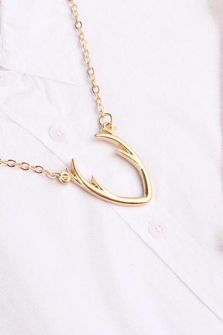 Fashion simple antlers alloy necklace
