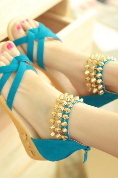 Criss-Cross Studded Thong Flat Sandals with Back Zipper