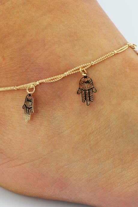 Hollow Out Hands Tassel Anklet