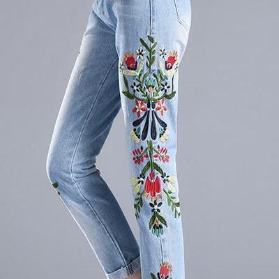 Embroidery Flowers Curled 9/10 Pencil Jeans Denim Pants