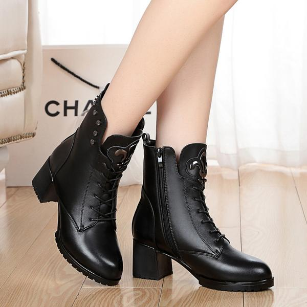 British Style Pointed Toe Low Chunky Heels Rivets Short Boots