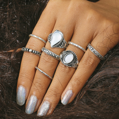 Vintage Crystal Hollow Out 8 Pieces Of Each Ring Set
