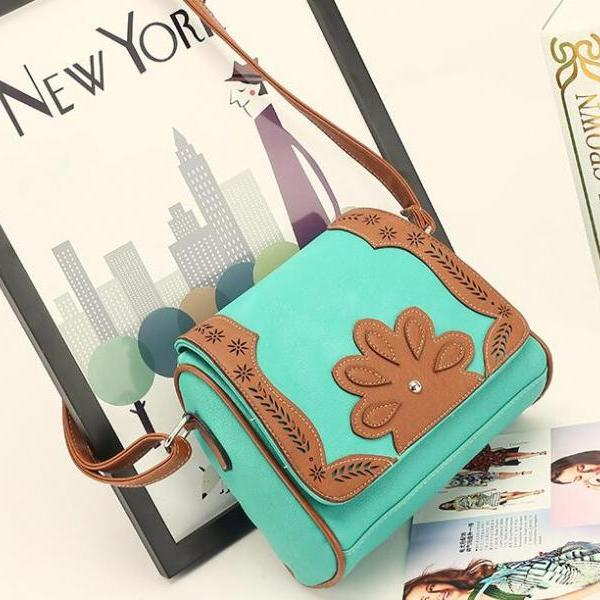 Vintage Pillow Shape Floral Decoration Crossbody Bag