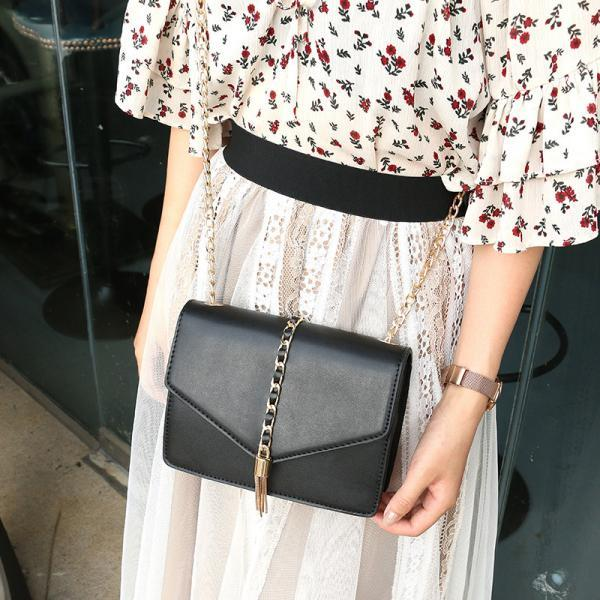 Metal Tassel Design Women Crossbody Bag