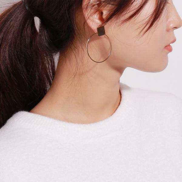 Simple Geometric Diamond Shaped Individual Style Earrings