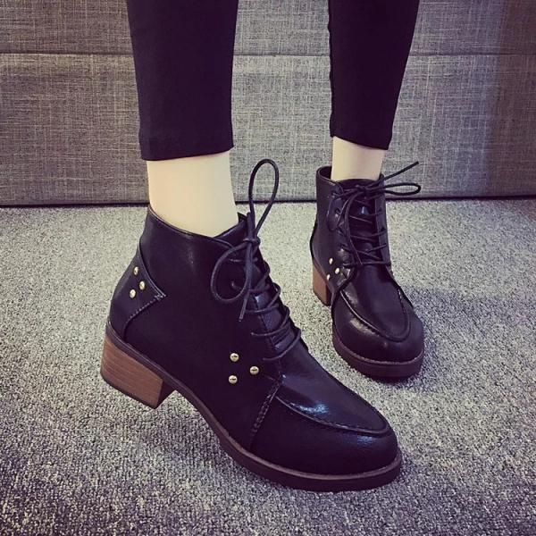Studded Pointed Tie Lace-Up Oxford Shoes