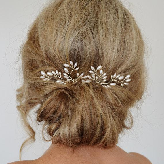 Beautiful White Pearl Bridal Hairpin