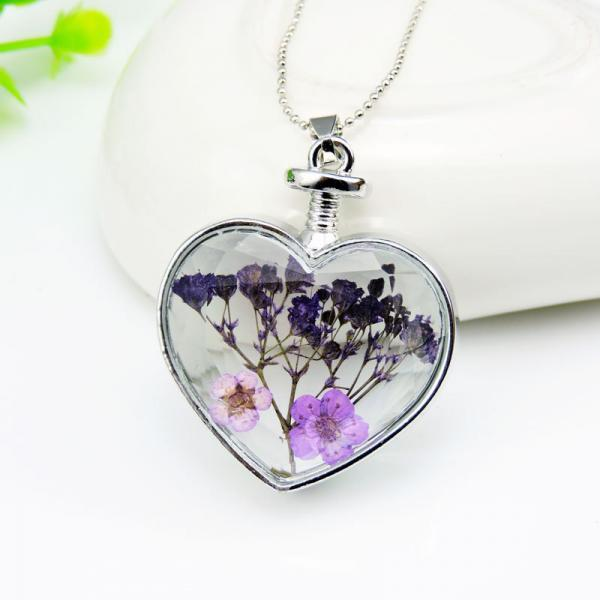 The new flower Locket alloy Heart Pendant Necklace