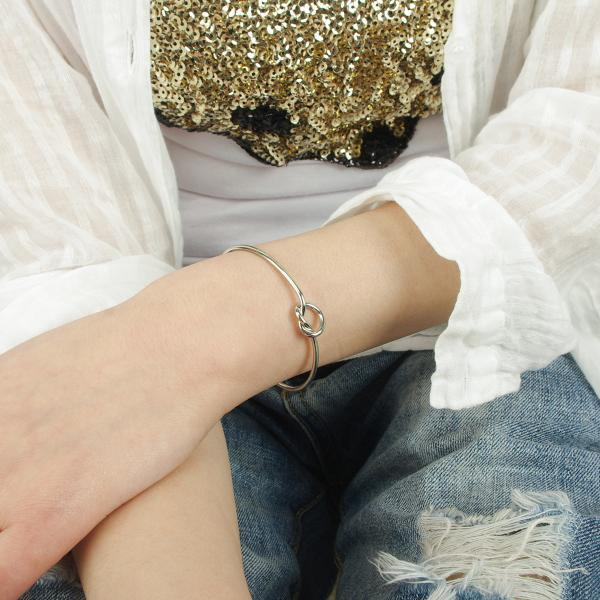 The European and American fashion metal bracelet