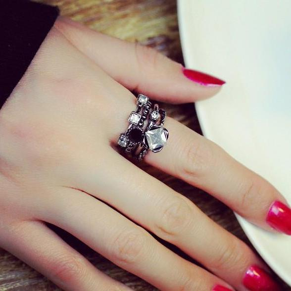 Fashion four openings combination ring
